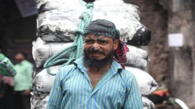চকবাজার থেকে সরছে কেমিক্যাল ও রাসায়নিক গুদাম