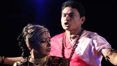 সোনারগাঁও মাতাবে 'চিত্রাঙ্গদা'