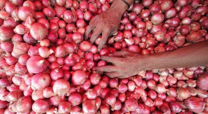 বড় চালান আসছে, শিগগিরই পেঁয়াজের দাম কমে আসবে : বাণিজ্য মন্ত্রণালয়