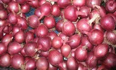 পেঁয়াজ নিয়ে অদৃশ্য ব্যবসা হলে অ্যাকশন : চট্টগ্রাম জেলা প্রশাসক