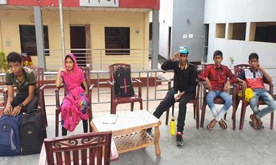 ভারতে পাচার হওয়া ৫ কিশোর-কিশোরীকে ফেরত দিল বিএসএফ