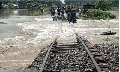 গাইবান্ধা, কুড়িগ্রাম, রংপুরের সঙ্গে ঢাকাগামী রেল যোগাযোগ বন্ধ