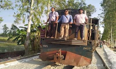 ২৩ দিন পর গাইবান্ধা-ঢাকা ট্রেন চলাচল শুরু