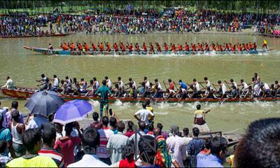 গাইবান্ধায় ঐতিহ্যবাহী প্রাণের মেলা নৌকাবাইচ