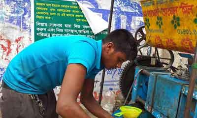 'কতইতো বাজেট হইছে? তেউল্লা শহিদুল তেউল্লাই আছে'