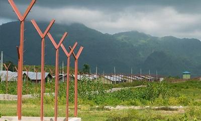 রোহিঙ্গাদের গ্রাম ভেঙে সরকারি স্থাপনা বানাচ্ছে মিয়ানমার