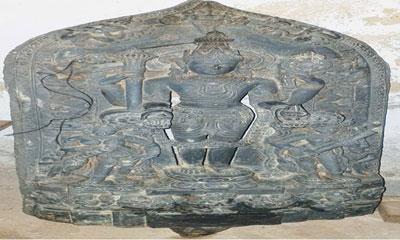 ৮২ কেজি ওজনের কষ্টিপাথরের বিষ্ণুমূর্তি উদ্ধার