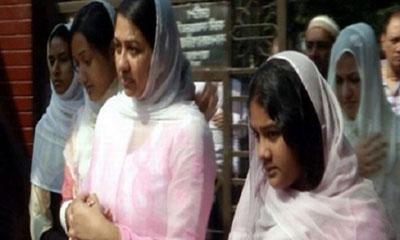 খালেদা জিয়ার সঙ্গে দেখা করলেন পুত্রবধু শর্মিলা সিঁথি
