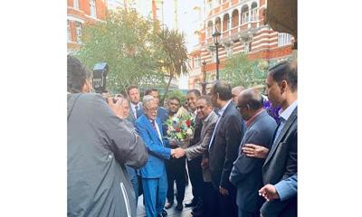 চোখের চিকিৎসার জন্য লন্ডনে পৌঁছাছেন রাষ্ট্রপতি