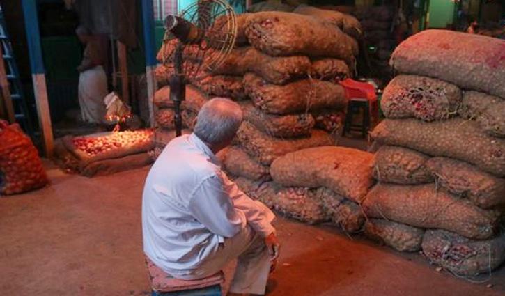 এবার পশ্চিমবঙ্গে সেঞ্চুরি হাঁকাল পেঁয়াজ