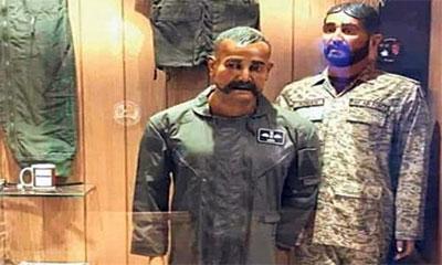 পাক বিমান বাহিনীর জাদুঘরে ভারতীয় পাইলট অভিনন্দনের মূর্তি