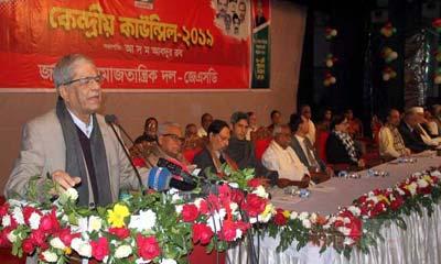 রাজনৈতিক সংকট উত্তরণে আন্দোলনের বিকল্প নেই : ফখরুল