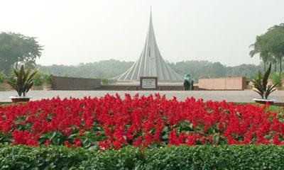 বীর শহীদদের শ্রদ্ধা জানাতে প্রস্তুত জাতীয় স্মৃতিসৌধ