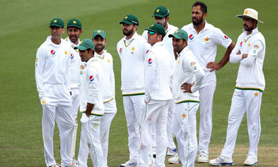 ১০ বছর পর দেশে টেস্ট খেলবে পাকিস্তান
