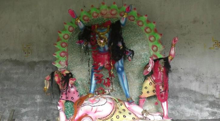 টাঙ্গাইলে কালীমন্দিরের তালা ভেঙে ৬টি প্রতিমা ভাঙচুর