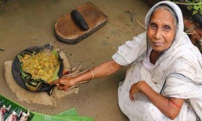 বাঙালিয়ানা রান্নায় ইউটিউব মাতাচ্ছেন পুষ্পরানী
