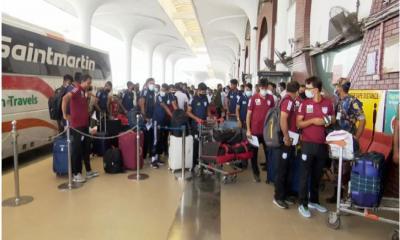 সাফ ফুটবল:  মালদ্বীপে গেল বাংলাদেশ ফুটবল দল